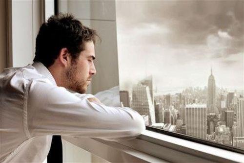 Работа заменяет интимные отношения